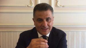 L'on. Vito De Filippo