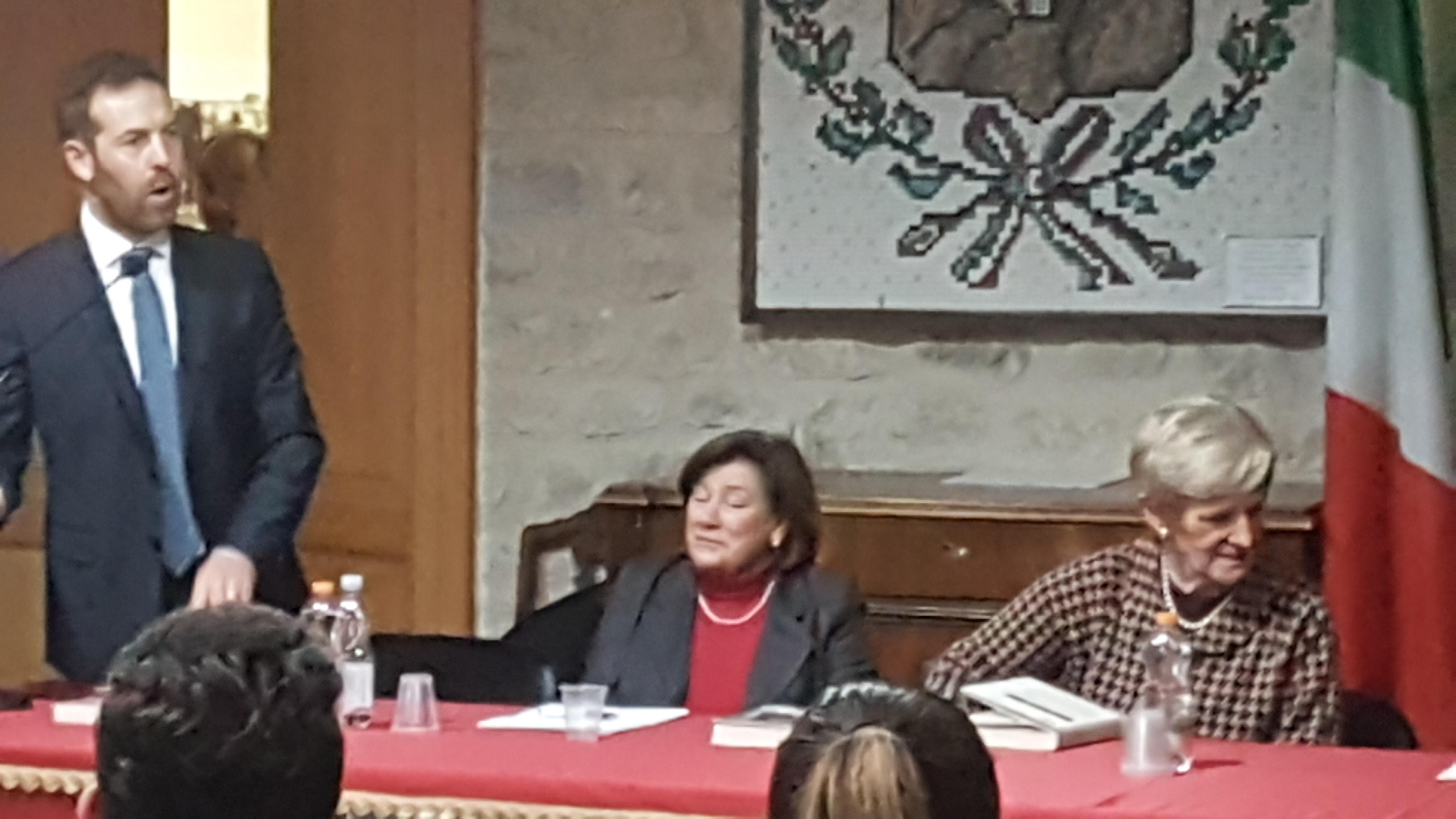 Livia Turco con il Prefetto di Potenza Giovanna Cagliostro e il sindaco di Balvano, Costantino Di Carlo (ph.Angelomà)
