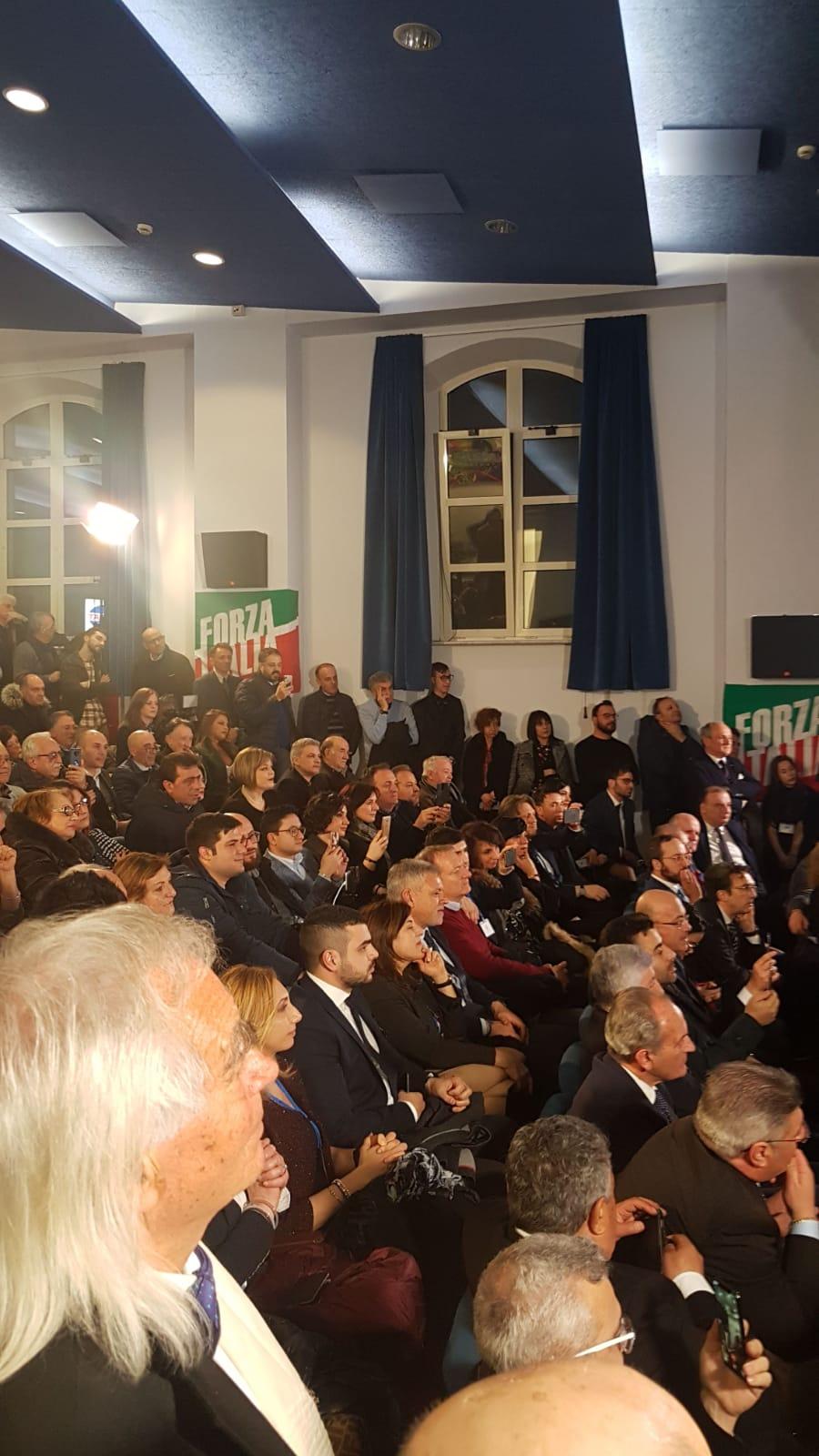 2 marzo il popolo di Berlusconi