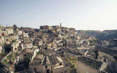 Le case-grotta, i vicinati e antichi forni di quartiere a Matera