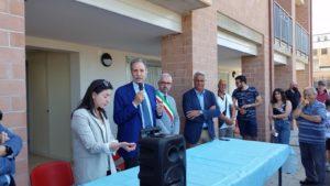 Il Presidente dell'Ater, Esposito, con il Governatore Bardi e il sindaco di Filiano Santoro