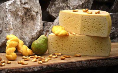 Al contadino non far sapere quanto è buono il formaggio con le pere………!