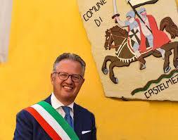 Nicola Valluzzi, Sindaco di Castelmezzano
